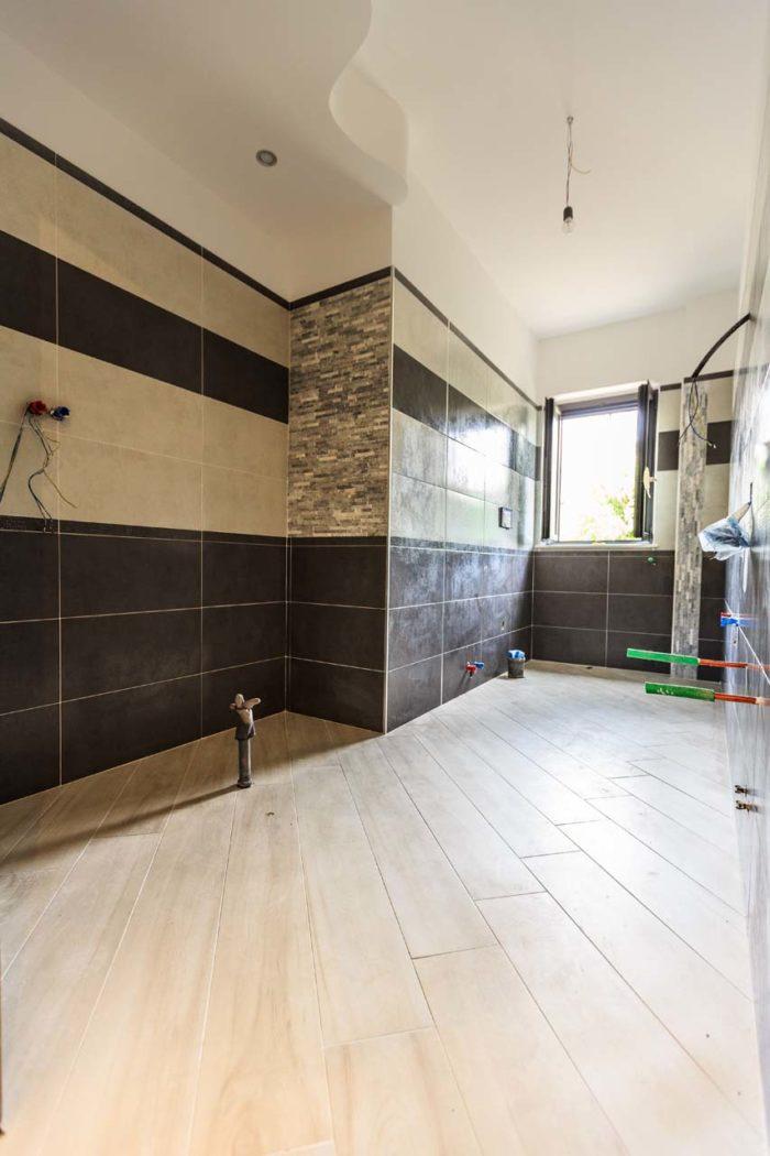 bagno in villa bifamiliare