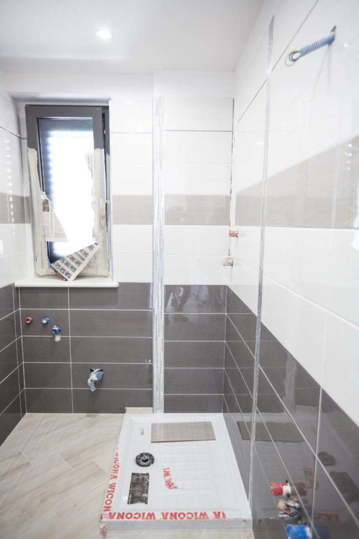 bagno ospiti in villa bifamiliare ad avezzano